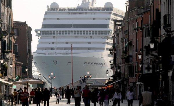 Cruises-Crystal-Seabourn-SeaDream-Silverseas