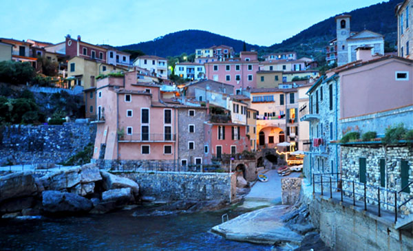 corporate-travel-leisure-italy-tellaro-02