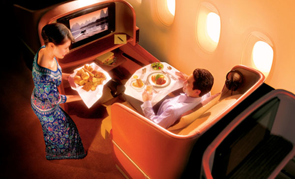 600-corporate-first-class-seating-02