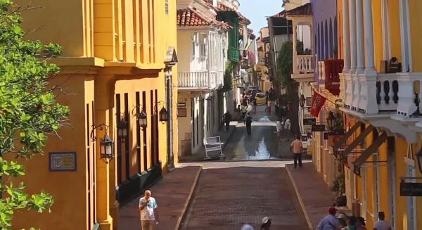 Bocagrande-Cartagena-Colombia-Excursions-Food & Drink-Getsemaní-Gabriel García-Márquez