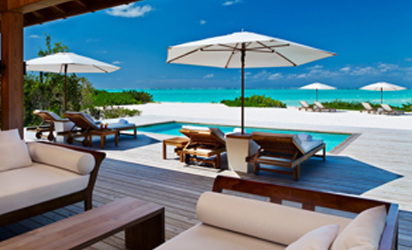 private-island-luxury-service-relaxation-turks-and-caicos_0002_beach-house-at-parrot-cay-6