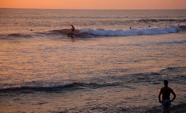 surf-bali-surf-camp-surf-camp-stadt-surf-costa-rica-surf-morrocco-surf-norway-surf-portugal-surf-sri-lanka-05